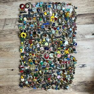Large pin badge collection Approx 500+ National Savings, Tweety Pie, Tigger, etc