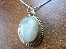 Moonstone Intricately Fashioned Pendant 925 Sterling Silver Solid 5 Grams 744a