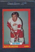 1973/74 Topps #141 Alex Delvecchio Red Wings NM *379
