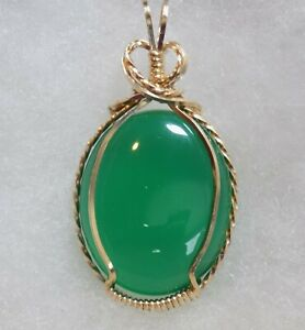 Germany ~  GREEN ONYX/AGATE  PENDANT ~ Hand Crafted ~ 14kt GF