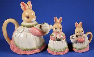 Vintage 1980's TAKAHASHI Japan Bunny Rabbit TEAPOT Creamer SUGAR Set