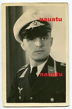 Foto Portrait Luftwaffe mit weißer Sommer Schirmmütze Mütze Oberjäger