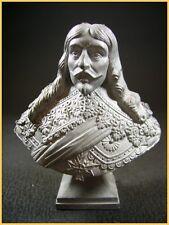 Buste de Louis XIII roi de france (LE CIMIER signé Ch. Conrad sculpteur)