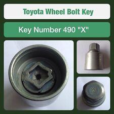 original Toyota Tornillo de fijación la rueda / Llave para Tuerca 490 forma X