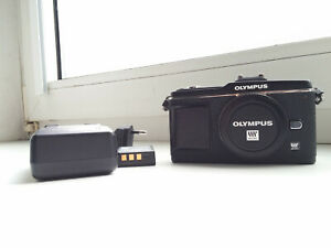 Olympus PEN E-P2 12.3MP Digitalkamera - Schwarz (Nur Gehäuse)