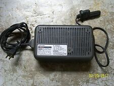 BLACK & DECKER INDUSTRIAL LEAD ACID BATTERY CHARGER TYPE 100 , 98009