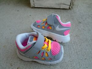 New Baby Girls' Nike Fusions Run 2 pink/gray sneakers sz 2c