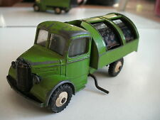 Dinky Toys 252 Bedford Refuse Wagon in GREEN