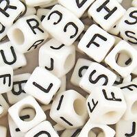 100 Acryl Buchstaben A-Z weißes Würfel BUCHSTABENPERLEN 6 mm