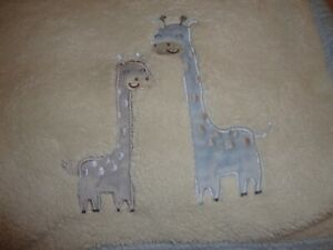 BABY GEAR Infant Security Crib Blanket Quilt Cream Soft Blue Pastel Giraffe 310