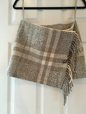 Authentic Vintage Burberry Beige Wool Womans Skirt Size US4/ UK6/ITA38