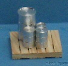 Set of 4 Metal Barrels on Pallet -G Scale - 101-0055