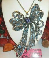 BETSEY JOHNSON BEAUTIFUL LARGE BLUE CRYSTAL FANCY BOW PENDANT NECKLACE