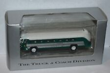 Undecorated Green Flxible Visicoach American Precision Models 1:87 HO Scale Bus