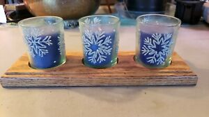 Tea Light Candle Holder Wooden Snowflake Decoration w/3 Candles