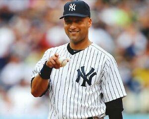Derek Jeter--New York Yankees--Glossy 8X10 Color Photo