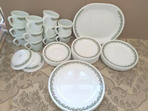 4 Corelle Livingware by Corning SPRING BLOSSOM Salad Plates 8 12 Multiples Avail