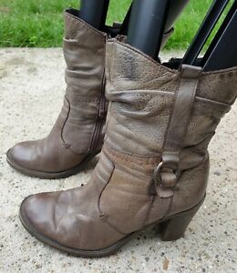 Leather Grey Heeled Boots, Size 6 (SH16)
