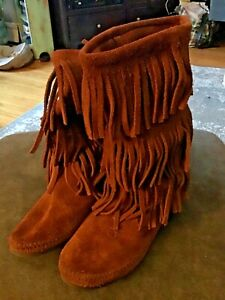 Minnetonka Moccasin Boots  Rust Brown Suede 3 Layer Fringe SZ 8