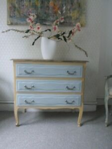 FRENCH ANTIQUE QUALITY OAK  PROVINCIAL CHEST OF DRAWERS