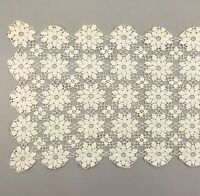 "Vtg Crochet Table Runner Doily Dresser Scarf 17"" x 44"" Off White/Cream Floral"