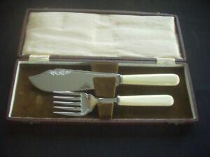 VINTAGE CHROME PLATED FISH / CAKE SERVER & FORK SET ~HARRISON FISHER ~BOXED