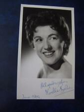 Noelle Bashier - Autograph (GC5)  5 x 8  inch