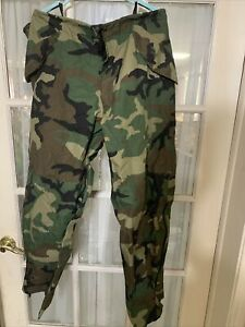 USGI US Army Military ECWCS Cold Weather GoreTex Woodland Pants Large Regular