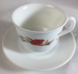 Vintage Arcopal France tea coffee cup 1960s MILK GLASS poppy flower pattern EUC