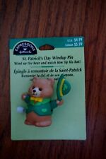 Hallmark St.Parick's Day Wind-Up Derby Hat Bear Pin