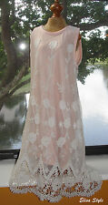 Elegant LaPis Girl Easter party Light Pink girls dress in size 4/5