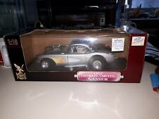 1957 Chevrolet Corvette Gasser Yatming Road Signature 1/18