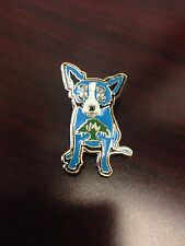 RARE GEORGE RODRIGUE BLUE DOG WITH TREE  PIN