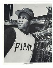 1960's Roberto Clemente Pittsburgh Pirates Team Issue Paper Photo CH4