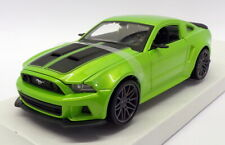 Maisto 1/24 Scale 31506 - 2014 Ford Mustang Street Racer - Green
