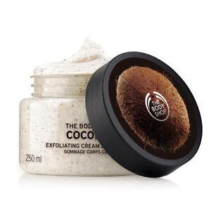 Body Shop ◈ COCONUT ◈ Exfoliating Body Scrub ◈ Leaves Skin Soft & Smooth ◈ 250ml