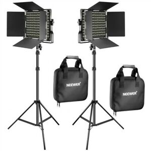 Neewer 2 Pack Bi-color Dimmable 660 LED Light and Stand Kit w Barndoor LED-NL660