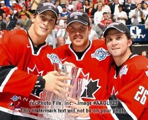 2004 TEAM CANADA WORLD CUP Lecavier-Richards-St. Louis LICENSED 8x10 photo