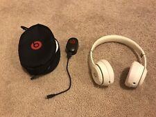 Beats Solo3 Wireless On-Ear Headphones - Gloss White Bluetooth