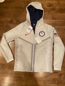 Nike Tech Pack Windrunner USA Olympic Team Jacket Gray Mens Size Medium RARE