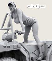 1/35 Resin ATV Quad Bike Baseball Girl Rider unpainted unassembled BL777