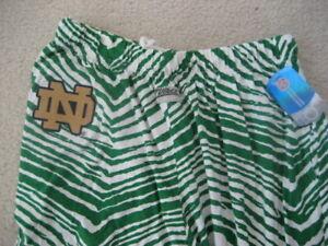 Notre Dame Fighting Irish ZUBAZ Kelly Green White Vintage Style Pants (L) Large