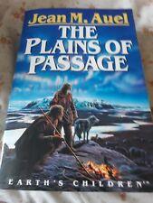 Jean Auel - The Plains of Passage - large PB - Good