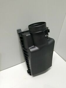 C60 Acura HONDA OEM 15-17 TLX Air Cleaner Box Housing-Cover Lid Top 172105J2A00