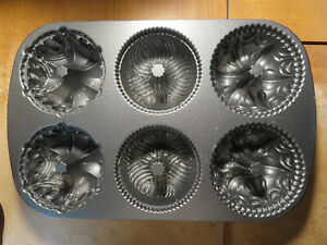 Nordic Ware; Garland Bundtlette; 6 Cups Cake Pan