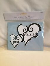 """New listing Victoria Lynnâ""""¢ """"Just Married"""" Refrigerator Car Hearts Magnet"""