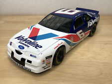 ERTL NASCAR 1:18 Scale Mark Martin #6 Valvoline Ford THUNDERBIRD
