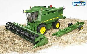 John Deere Farm Combine Harvester T670i - Bruder 02132 Scale 1:16 Toy NEW