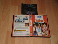 LOS ROBINSONES DE LOS MARES DEL SUR Z4 EN DVD DE WALT DISNEY EN BUEN ESTADO