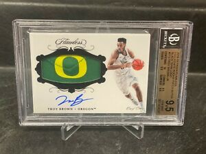 2018-19 Flawless Troy Brown 1/1 Rookie Patch Auto BGS 9.5/10 OREGON LOGO RPA